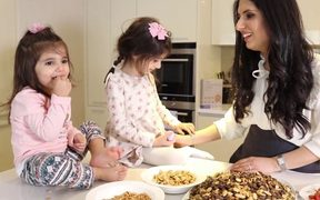 Reem Kassis with her daughters