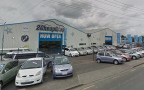 2 Cheap Cars in Auckland.