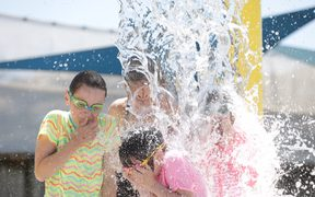 Heatwave hits Wellington as children cool off at McKenzie Baths, Petone.