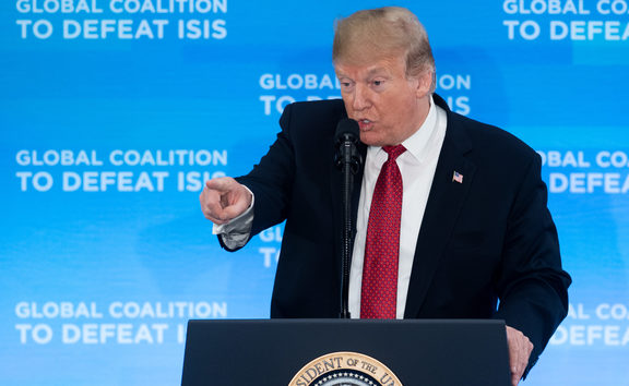Donald Trump has urged European allies to repatriate 800 Islamic State fighters in Iraq and Syria.