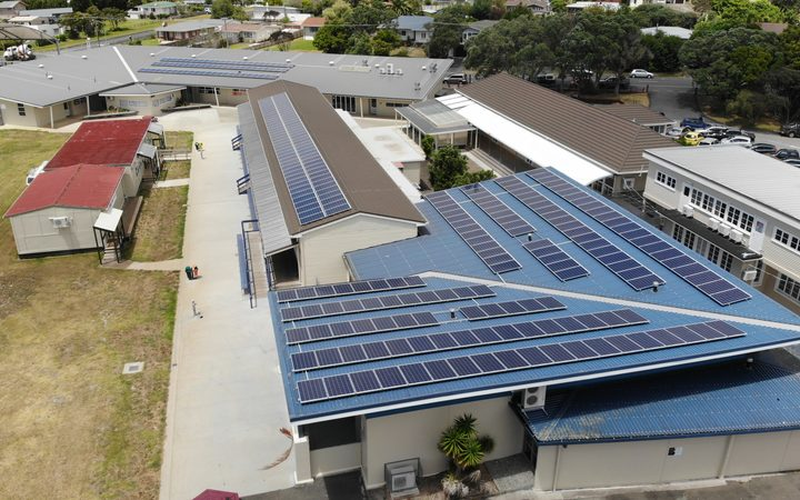 Kaitaia College has put 367 solar panels on the roofs of the school buildings.