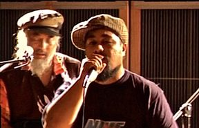 Che and the Krates (Tigilau Ness, Che Fu) live in the Helen Young studio, 2001