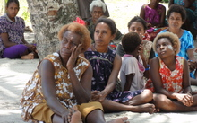 Women in Lae, Papua New Guinea