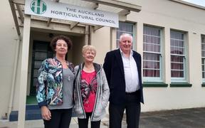 Auckland Horticultural Council committee members (from left) Jannene Alexander, Diane Griffin, and Graham Milne.