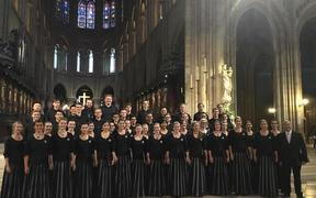 New Zealand Youth Choir perform at Notre-Dame Cathedral in 2016