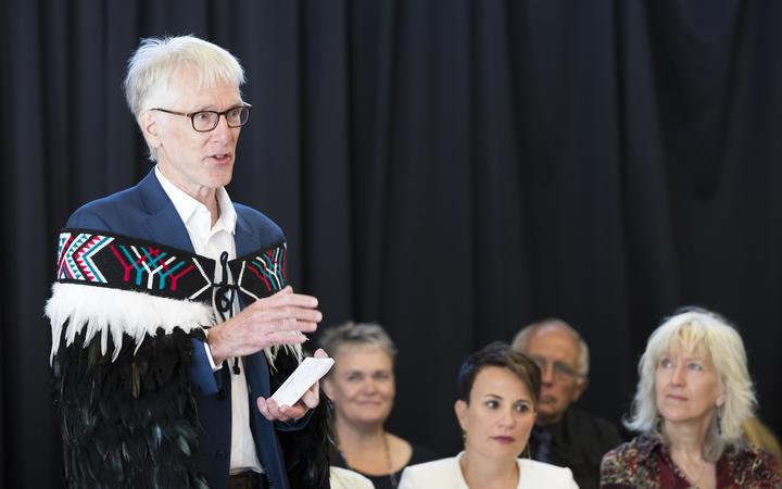 Human Rights Commissioner Paul Hunt