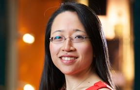 Pianist, writer & mathematician Eugenia Cheng