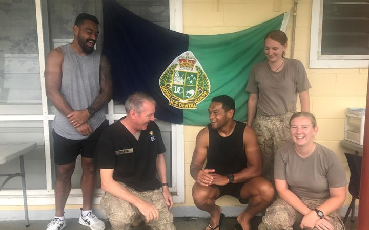Members of the Samoa Sevens team with members of NZ Defence Force dental team
