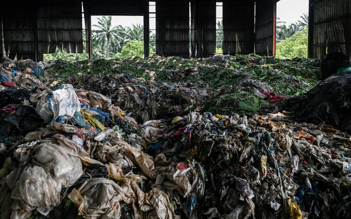 Malaysia begins sending scrap back to developed nations