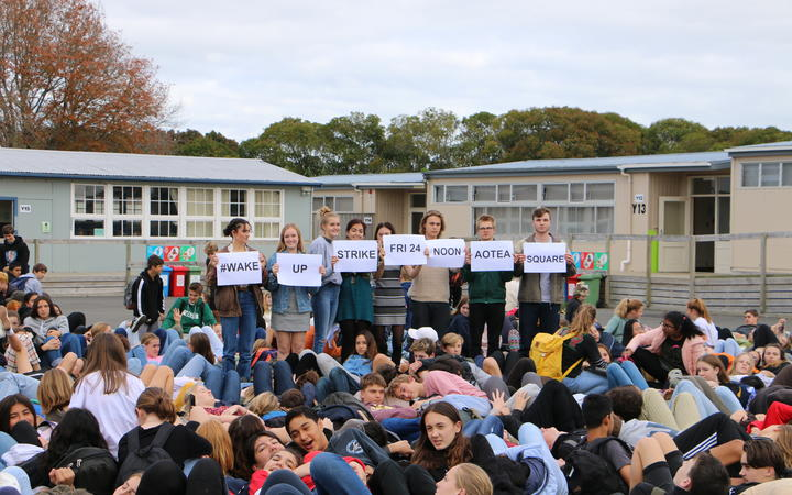 Western Springs college students prepare for tomorrow's strike action and Auckland lie-in.
