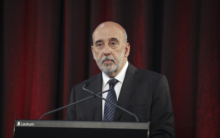 Gabriel Makhlouf, Secretary of the Treasury. Half Year Economic and Fiscal Update 2017.