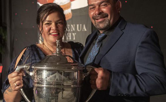 Eugene and Pania King take out the 2019 Ahuwhenua award.