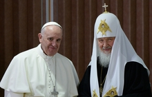 Patriarch Kirill of Moscow and All Russia, right and Pope Francis of Rome.