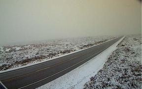 Snow around the Desert Road at 7.21am on Sunday 2 June.