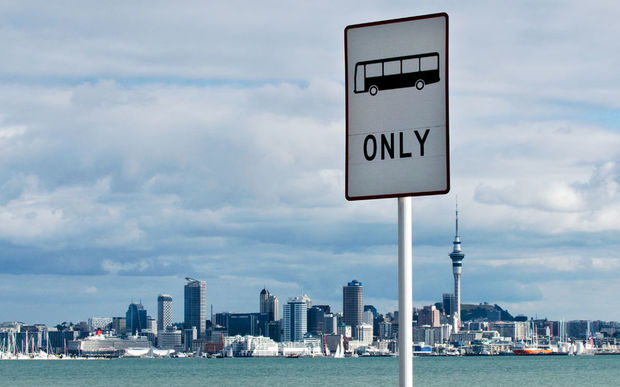 Auckland bus sign