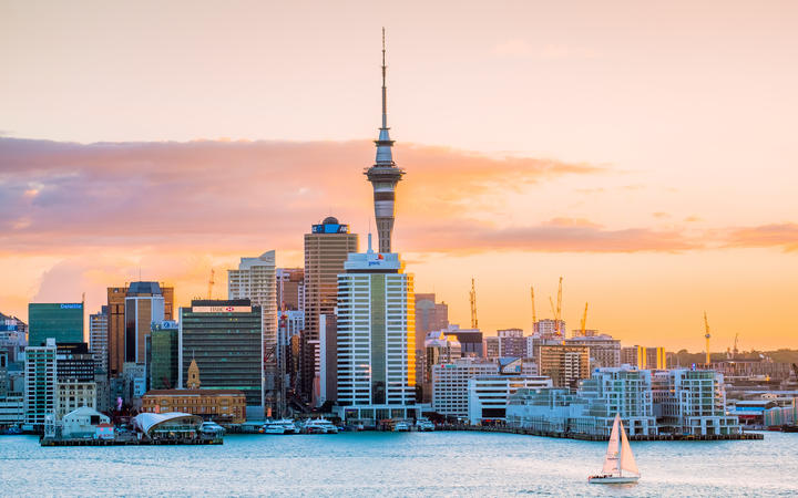 Cost of living in Auckland and Wellington drops