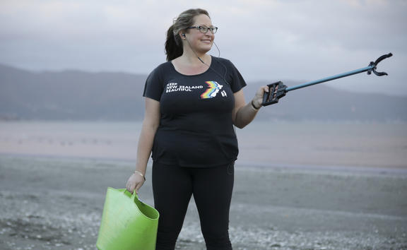 Michelle Stronach-Marsh is a plogger, cleaning up rubbish daily from Petone beach
