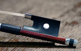 Violin bow by Gary Leahy