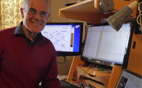Engineer and earth building standards technical project leader Ian Brewer.