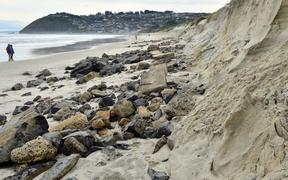 Erosion at Middle Beach looking back toward St Clair from the end of Moana Rua.
