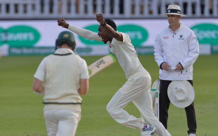 Bowler Jofra Archer celebrates