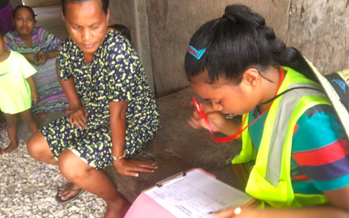 Marshall Islands Red Cross volunteers have gone house-to-house on Ebeye Island to raise awareness about dengue fever. The current dengue outbreak in the Marshall Islands started in Ebeye last month.