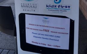 Sign outside Clendon pop up free vax clinic in Auckland.