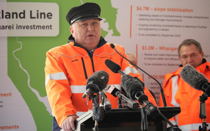 Regional Development Minister Shane Jones announced the investment at Helensville Railway Station this morning.
