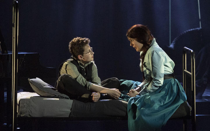 NZ Opera's production of Turn of the Screw