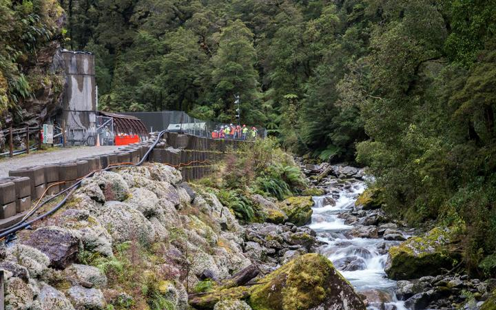 Miners using `antiquated` equipment for Pike River mission...