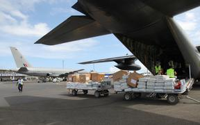 A transfer of aid for Ambae Island between a RNZAF Boeing 757 and a RNZAF C130 at Bauerfield Airport, Port Vila, Vanuatu, involving 11 tonnes of relief supplies for Ambae Island. The C130 proceeded on to Luganville.