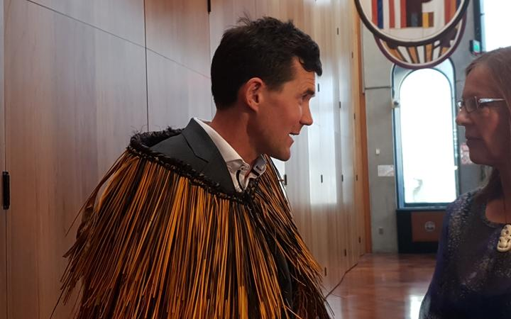 Justin Lester handed over the mayoral chains after losing the election by 62 votes.