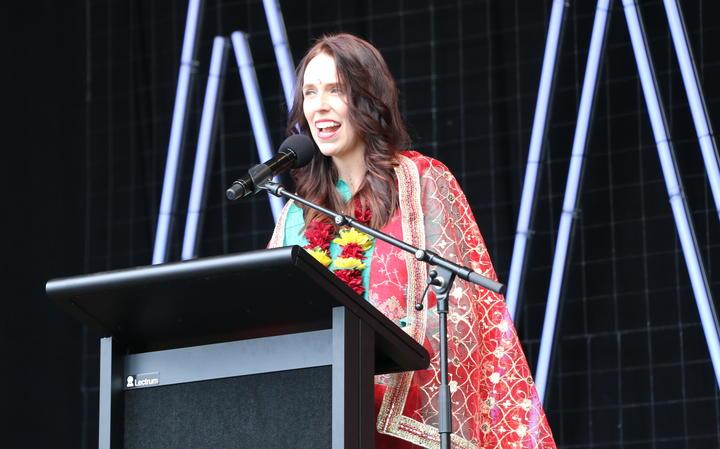 प्रधान मंत्री जैसिंडा अर्डर्न ने आधिकारिक रूप से दीपावली त्योहार को Aotea केंद्र में खोला।