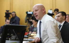 National MP Matt Doocey questions a submitter at a Health Committee hearing.