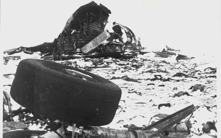 Wreckage at the site of the Erebus disaster.