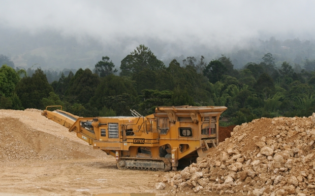 Extractive industries bring upheavals to Papua New Guinea communities: earth-moving underway for the ExxonMobil-led Liquefied Natural Gas project in Hela Province.