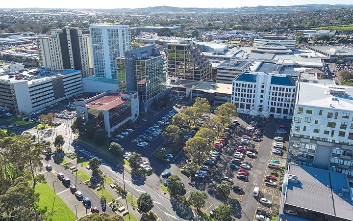 "Transform Manukau project development director Clive Fuhr says another 1000 residents are needed in Manukau central before it becomes a ""24/7 town centre""."