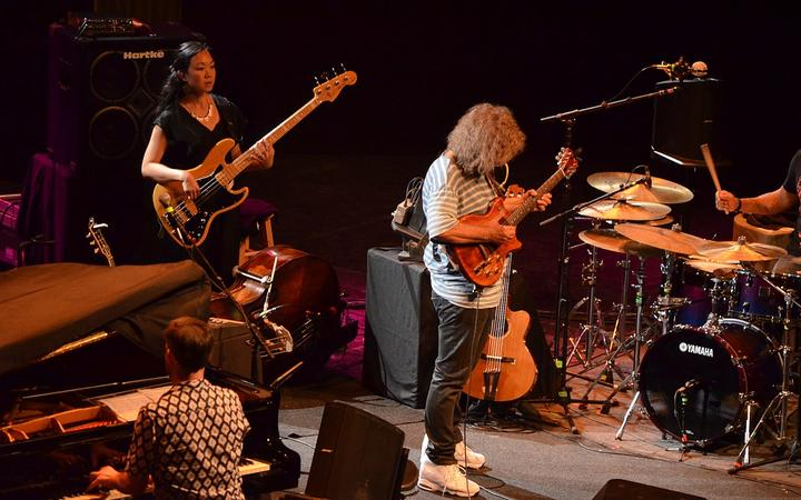 Gwilym Simcock (pno), Linda May Han Oh (bs), Pat Metheny (gt)