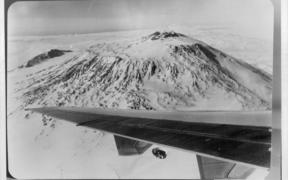 Mt Erebus. Aviation: Accidents NZ, Antarctic 79. April 30, 1979. (Photo by Fairfax Media NZ)