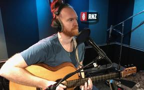 Newton Faulkner: RNZ First Songg