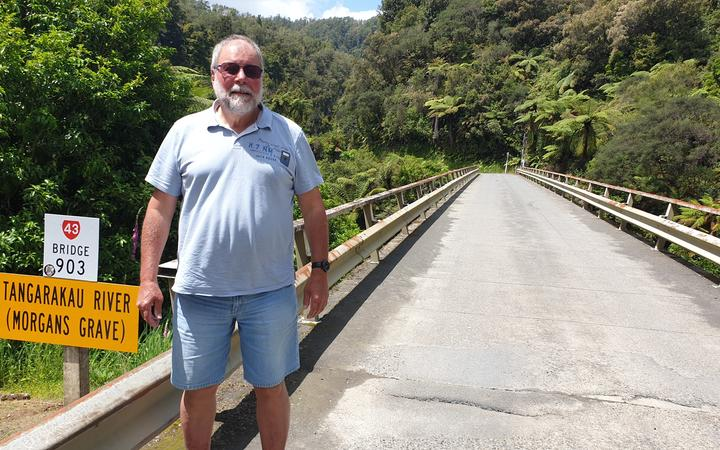 Ralph Oppermann standing at the Tangarakua Gorge.