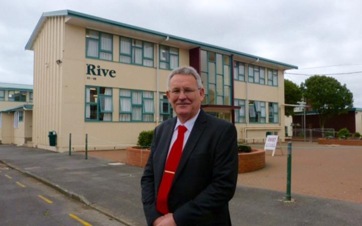 Pakuranga College principal, and president of the Secondary Principals' Association, Mike Williams