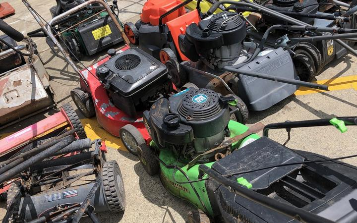 Lawn mowers are a popular item to be found in the rubbish and ideal for upcycling.
