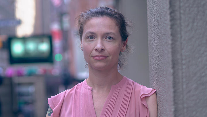 Author Louisa Luna