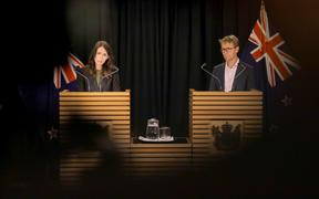 Jacinda Ardern and David Bloomfield discuss the government's new alert system.