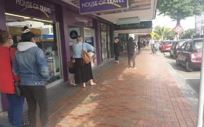 The queue for TSB Bank in New Plymouth this morning.