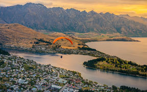 Paragliding over Queenstown and Lake Wakatipu.