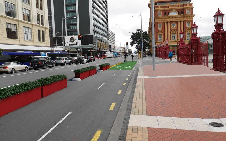 The temporary planter-box cycleway on Quay Street in Auckland