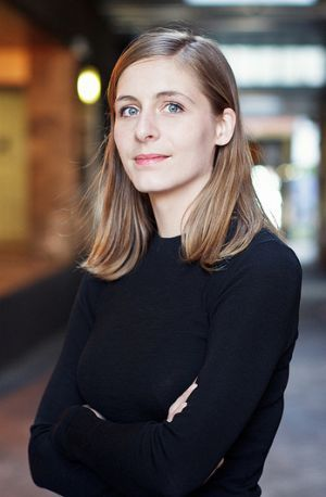Eleanor Catton Booker Prize winner