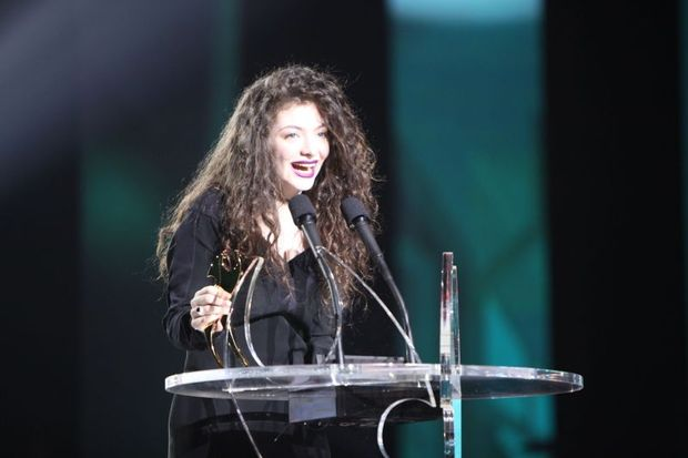 Lorde wins at VNZMA show Jason Hailes